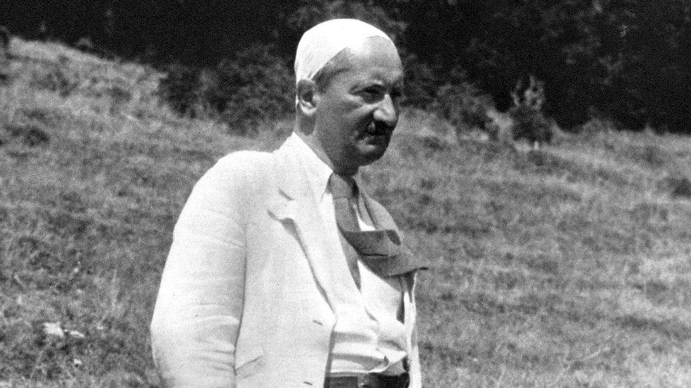 """Heidegger e """"o esquecimento do Ser"""": um pensamento vigoroso contra a civilização tecnificada que se efetua todos os dias"""